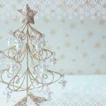 窓辺や棚に飾りたいミニクリスマスツリー10選