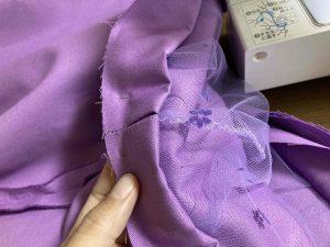 ベルト部分を縫い合わせる